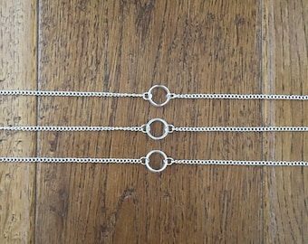Small Circle Necklace - Hollow Dainty