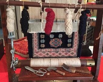Salesman's sample rug loom So cool