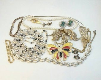 Vintage jewelry lot wear or repurpose 11 oz