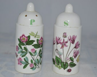Floral salt and pepper shakers / flowers / white / green / purple / salt and pepper / shakers / floral shakers / salt and pepper shakers