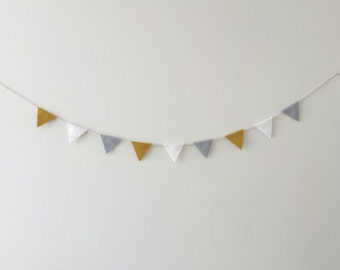 Mini Felt Garland / Triangle garland / warm tone