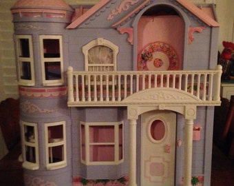 Barbie Victorian Doll House, 1995
