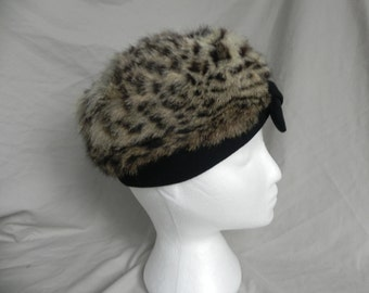 Beautiful Vintage Faux Leopard Fur Turban Hat with Bow