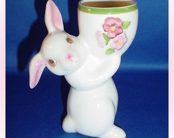 Avon Sunny Bunny with Candle Floral Medley Fragrance