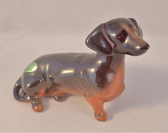 Beswick Dachshund Figurine in Seated Position – Model No 1460