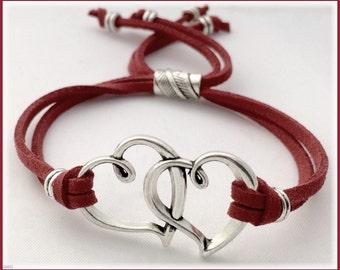 Heart bracelet, heart beaded bracelet, heart charm bracelet, friendship heart bracelet, women's heart cord, heart link jewelry, heart cuff
