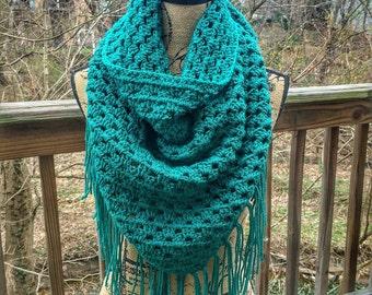 Crochet Triangle Scarf / Crochet Shawl / Fringe Scarf / Boho / Crochet Scarf / Crochet Shawl with Fringe / Blanket Scarf