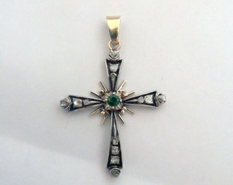 Vintage cross solid gold 18k and natural emerald