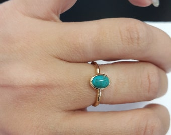 SALE! Gemstone Ring,Gold Turquoise Ring ,Hammered Band,Stacking Ring,December Birthstone,Gold Stackable Ring