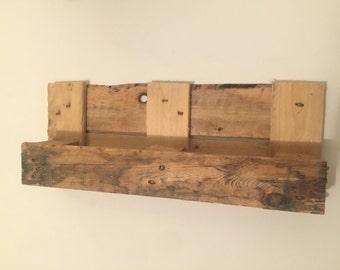 Modern Pallet Shelf Rustic.