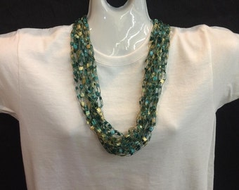 Emerald crocheted ribbon necklace #68