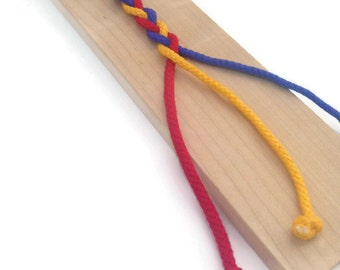 Braiding Board - Montessori Supplies - Learning Toys for Children - Fine Motor Toys for Preschool - Occupational Therapy Toys - Wooden Toys