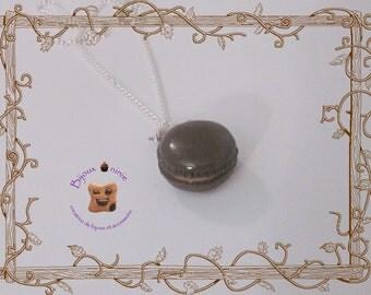 Children's necklace vanilla macaron fimo