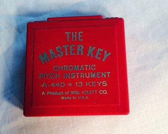 Pitch Pipe-Chromatic pitch instrument