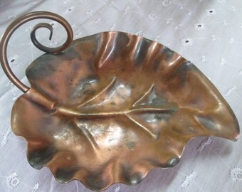 Vintage Mid Centruy 1950's Georgian Copper Leaf Tray, Made in the USA