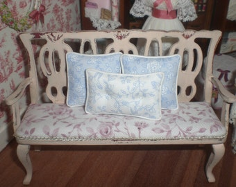 Set of pillows in blue