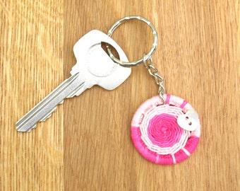 Dorset Button keyring, handmade keychain, pink heart key fob, gift for mom, custom key ring, housewarming gift, token gift for girlfriend