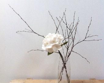 Single felt hydrangea