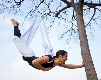 aerial yoga hammock (swing) with handles made in spain, 250 cm wide, with height regulators and ceiling hooks,