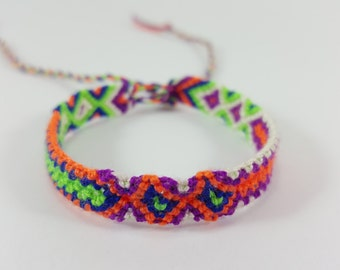Promotions 0.5 USD  Friendship Bracelets  Gifts From Bunta .