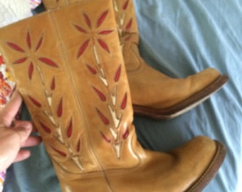 Womens campus style boots