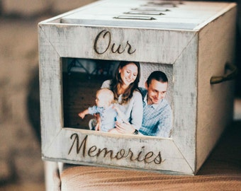 Grey wooden photo box with 6 photo albums and front photo frame
