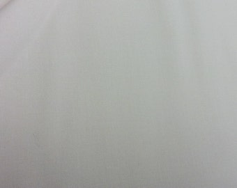 Moda  9900 28. Light cream pale yellow