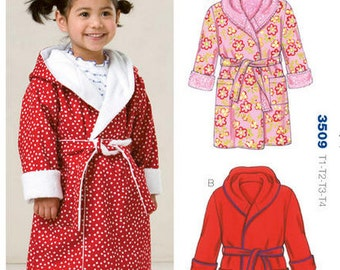 Kwik Sew sewing pattern K3509 Toddler Shawl Collar Robes, 2 Styles, Boys and Girls, Toddler Bath Robes - new and uncut