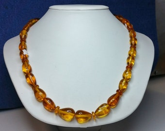 NECKLACE BALTIC AMBER with spider