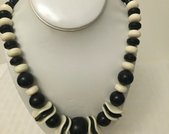 Bolden chunky black and white plastic beaded necklace