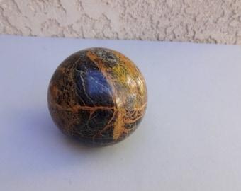 Listvenite Jasper sphere 71 mm 1,2 lb, 510 g