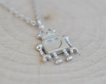 Silver Robot Necklace in Sterling Silver 925, Silver Robot Necklace, Robot Jewelry, Cute Robot Necklace, Sterling Silver 925 Necklace