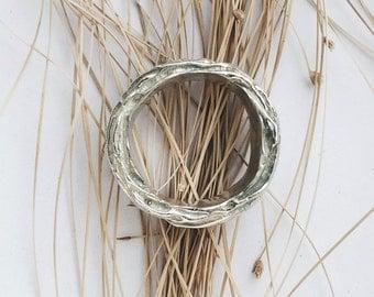Vertigo silver ring