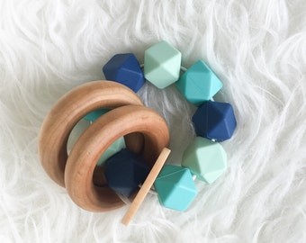 Wooden Baby Toy Silicone Teether Bead Teething Toy BPA-Free Food Grade Beads Baby shower Gift Infant toy Sensory Toy Wooden Teether woode