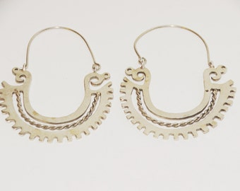 Vintage Sterling Silver Made in Mexico Signed Stylish Dangle Earrings.