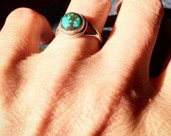 Navajo Sterling Silver Turquoise Ring - RIngs, Vintage Turquoise Ring, Navajo Turquoise Ring, Tom Begay Ring, Native American Jewelry