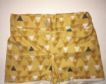 Jalama Shorts (Traingles)