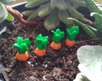 Handmade Fairy Garden Accessories, Set of Four Carrots made of Polymer Clay