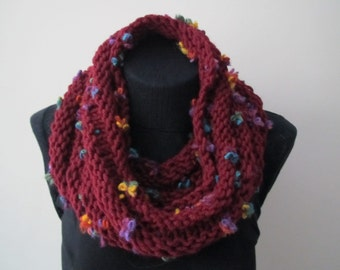 Red scraf with wool flowers