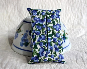 Blueberry fabric pocket tissue holder ~ Tissue holder ~ Travel tissue holder ~ Pocket tissue cover ~ Fabric tissue holder