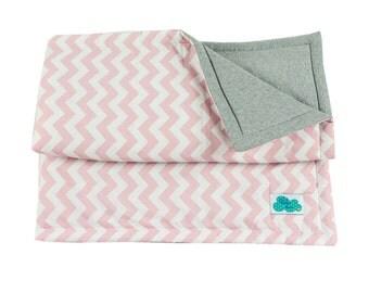 Crib Quilt. Pink Sucre