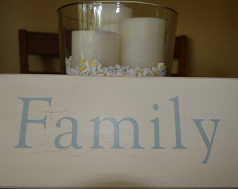 Slightly distressed wood sign - Family
