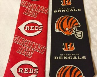 Boy's Cincinnati Reds tie, Cincinnati Bengals tie, baseball tie, sports tie, football tie