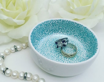 Hand Painted Jewelry Dish (Pearlized Sky Blue)