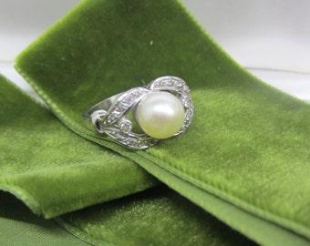 ART DECO PLATINUM pearl ring