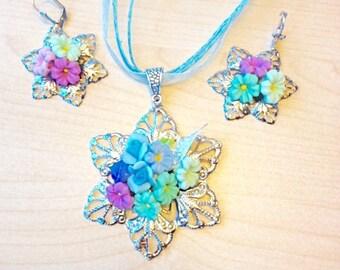 Cold porcelain jewel set floral bouquet