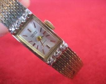 Elegant Vintage Gruen Precision 10K RG WATCH 17 Jewels Six Genuine Diamonds