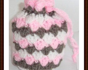 Crochet pink grey drawsgtring bag