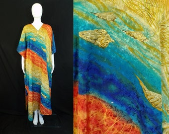 seashell caftan / plus size / one size fits most / colorful ocean nightgown / 80s night gown / 1980s lounge wear pajamas