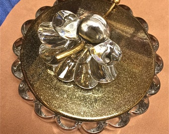 Vintage Heisey Crystolite Covered Candy Dish. Very unuusual.